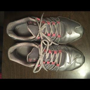 Nike shox nz size 9